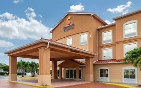 Comfort Inn & Suites Airport Fort Myers Fl