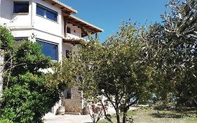 Four-Bedroom Holiday Home in Glyfa Γλύφα
