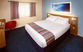 Travelodge Alcester 3*
