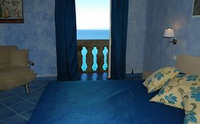 Blu Tropea Maison Bed And Breakfast