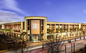 Doubletree by Hilton Izmir Airport Hotel