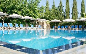 Apollonia Holiday Apartments Paphos