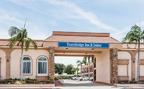 Travelodge Inn & Suites Bell Los Angeles Area