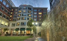 Courtyard Greenville Downtown photos Exterior