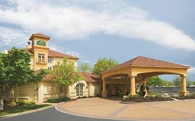 La Quinta Inn And Suites st Louis Westport