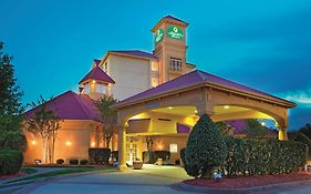 La Quinta Inn And Suites Winston Salem