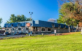 Econo Lodge Milldale Ct