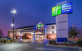 Holiday Inn Express & Suites i-40 Exit 175 Lonoke