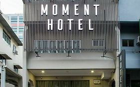 Moment Hotel
