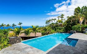 **Discount Rates Apply** Blue Hawaii, A 4 Bedroom & 3.5 Bath Private Home