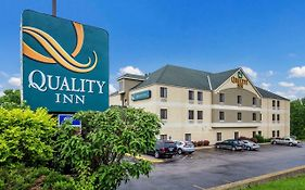 Comfort Inn i-70 Near Kansas Speedway Kansas City, Ks