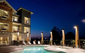 Old House Hotel & Spa Courtenay Bc