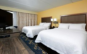 Hampton Inn Roxboro 3*
