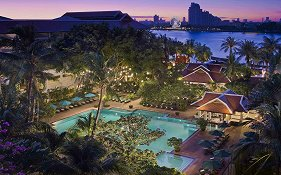 Anantara Riverside Resort