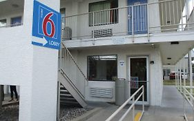 Motel 6 Austin Central North