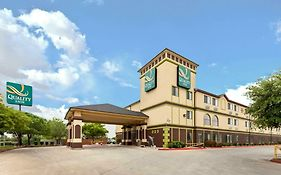 Quality Inn Seaworld 3*
