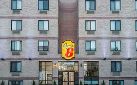Super 8 Motel Brooklyn