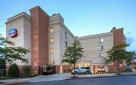 Fairfield Inn Flushing