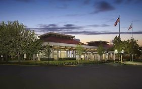 Oakland Hilton Airport Hotel 3*