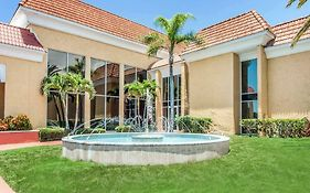 Quality Inn & Suites Conference Center New Port Richey Fl
