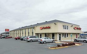 Econo Lodge Dumfries Virginia