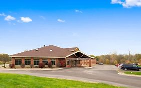 Baymont Inn And Suites Geneseo