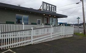New Terrace Motel in Coos Bay