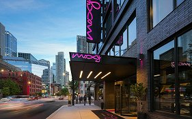 Moxy Downtown Chicago
