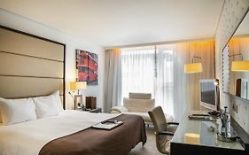 Pestana Chelsea Bridge Hotel London