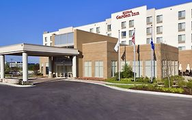 Hilton Garden Inn Lake Forest 3*