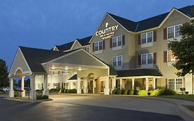 Country Inn And Suites Salina