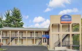 Howard Johnson Express Inn College Park