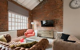 The Warehouse Loft Trendy Converted Warehouse 3Bdr