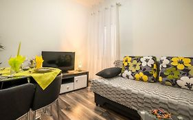 Bajamonti-Lovely Apartment In Diocletian'S Palace