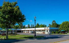 Vindel Motel Mackinaw City