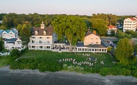 Breakwater Inn And Spa Kennebunkport Me