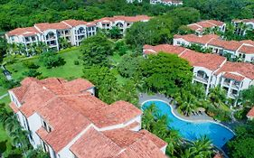 Breeze Private Residences Club