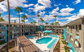 Hospitality Suite Resort Scottsdale Az