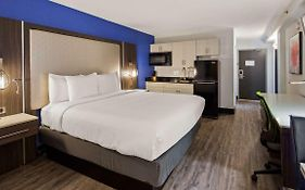 Denver's Best Inn And Suites