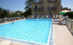 Acropolis Apartments Kreta