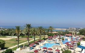 Crown Resorts Horizon Hotel Paphos