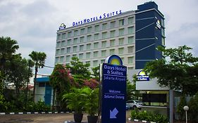 Days Hotel And Suites Jakarta Airport photos Exterior