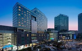 Courtyard By Marriott Seoul Times Square photos Exterior
