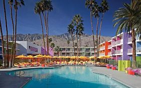Saguaro Hotel Palm Springs Spa