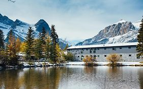 Bow Valley Hotel