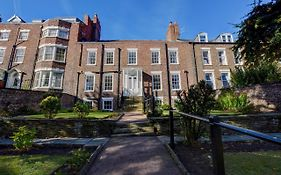 White Linen Guest House Whitby