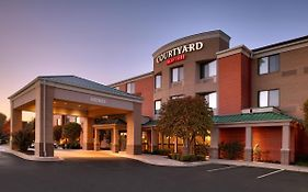 Courtyard Marriott Kansas City Shawnee
