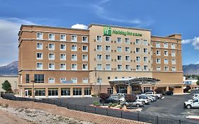 Holiday Inn And Suites Albuquerque