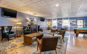 Days Inn And Suites Lancaster