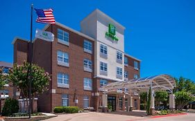 Holiday Inn Express Addison Texas